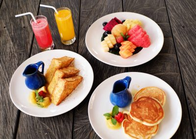 Breakfast at Waka Bar & Restaurant (1)