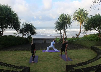 Yoga at WakaGangga (1)