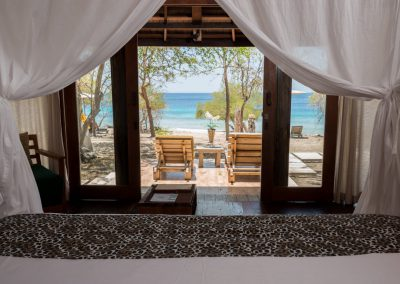 Beachfront-Villa-Master-Bedroom