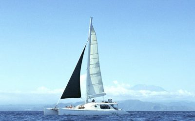 Have you ever experienced sailing on a catamaran with your spouse, family, friends or colleagues?